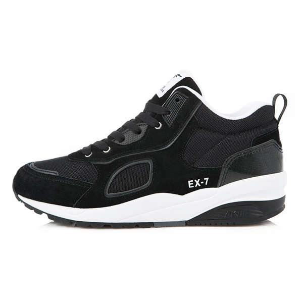 アキクラシック<BR> Xのセブン(EX-7)ブラックホワイト<br> AKAESUR79120