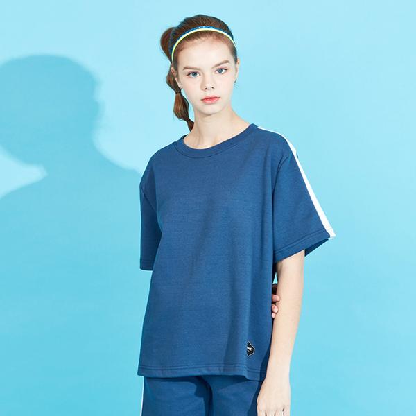 <b><font color=red>AKIII CLASSIC新商品!</font></b> <br>アビアレライン半そでTシャツ